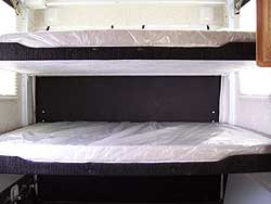 F39SP DELUXE ELECTRIC OUEEN BUNKS